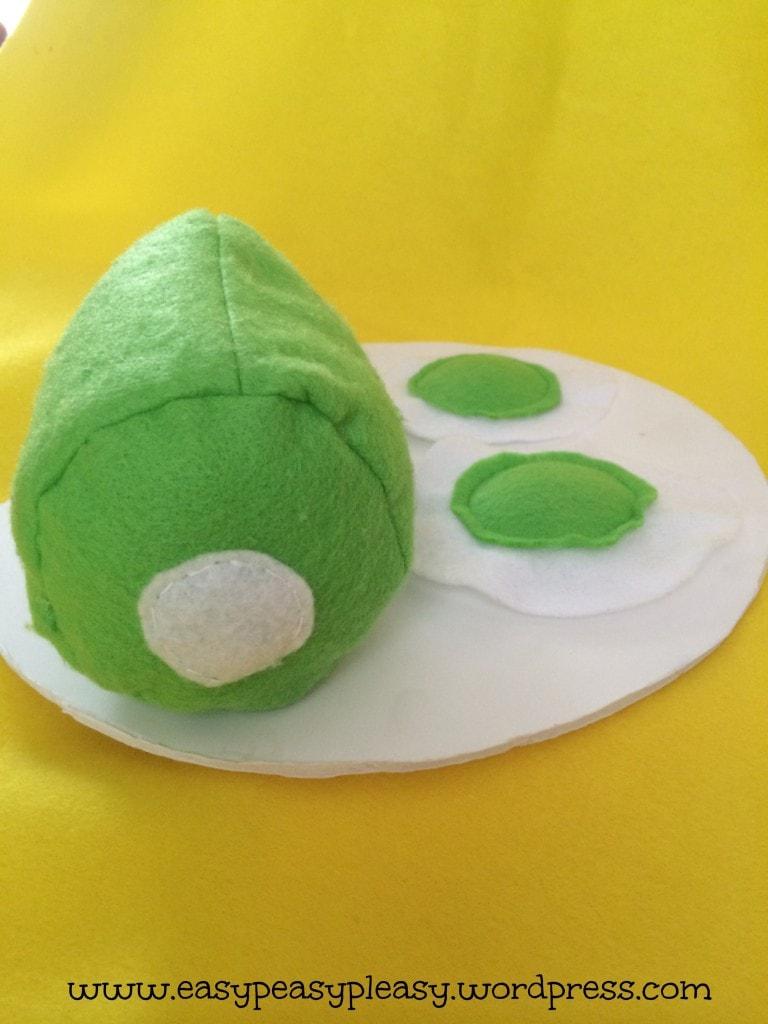 Dr. Seuss Green Eggs and Ham for Sam I am Costume-DIY