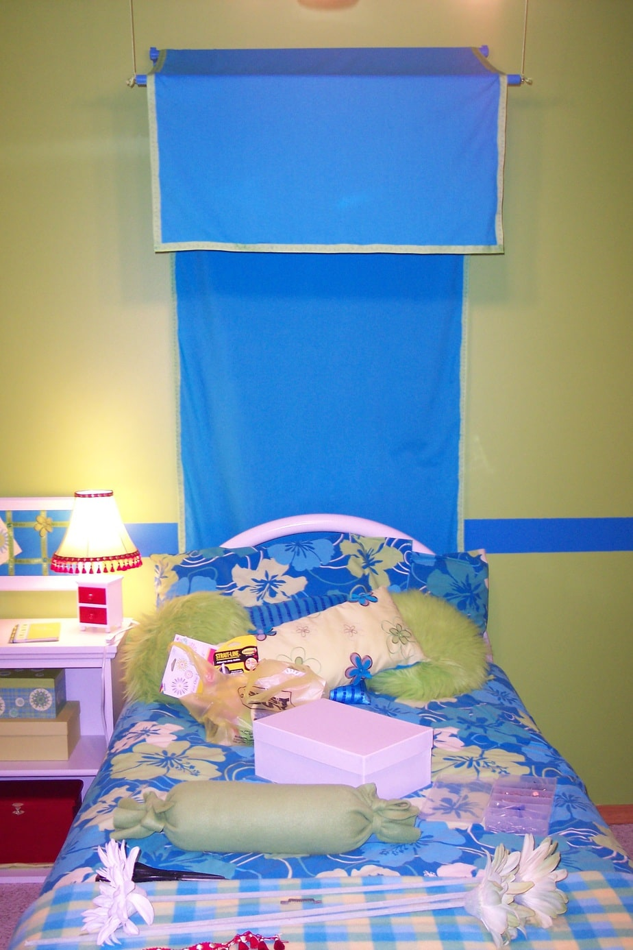 Girls bedroom on a budget canopy in the making