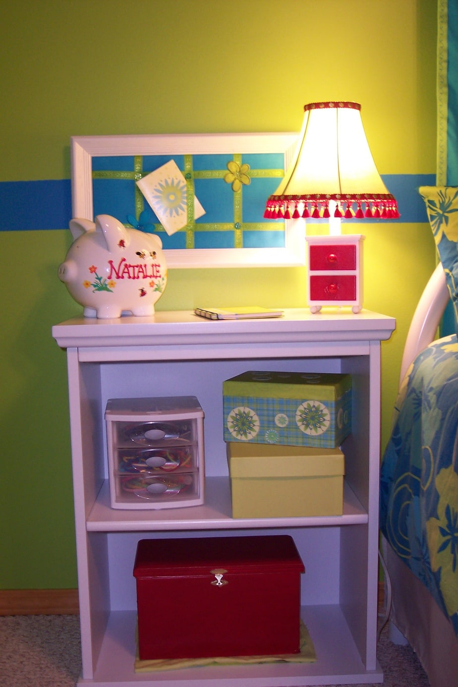 Girls bedroom on a budget night stand, lamp, message board