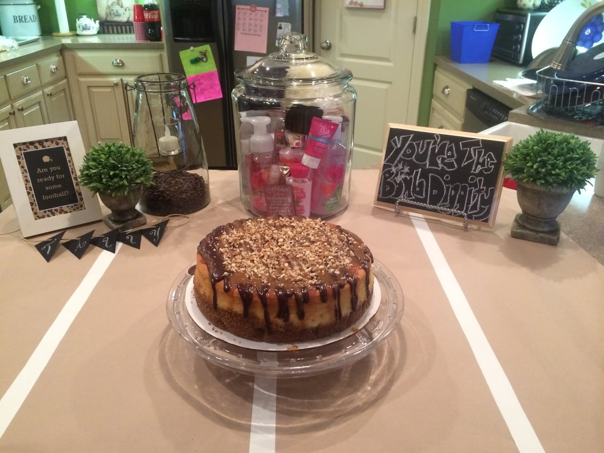 Super Bowl Football Birthday Party turtle cheesecake