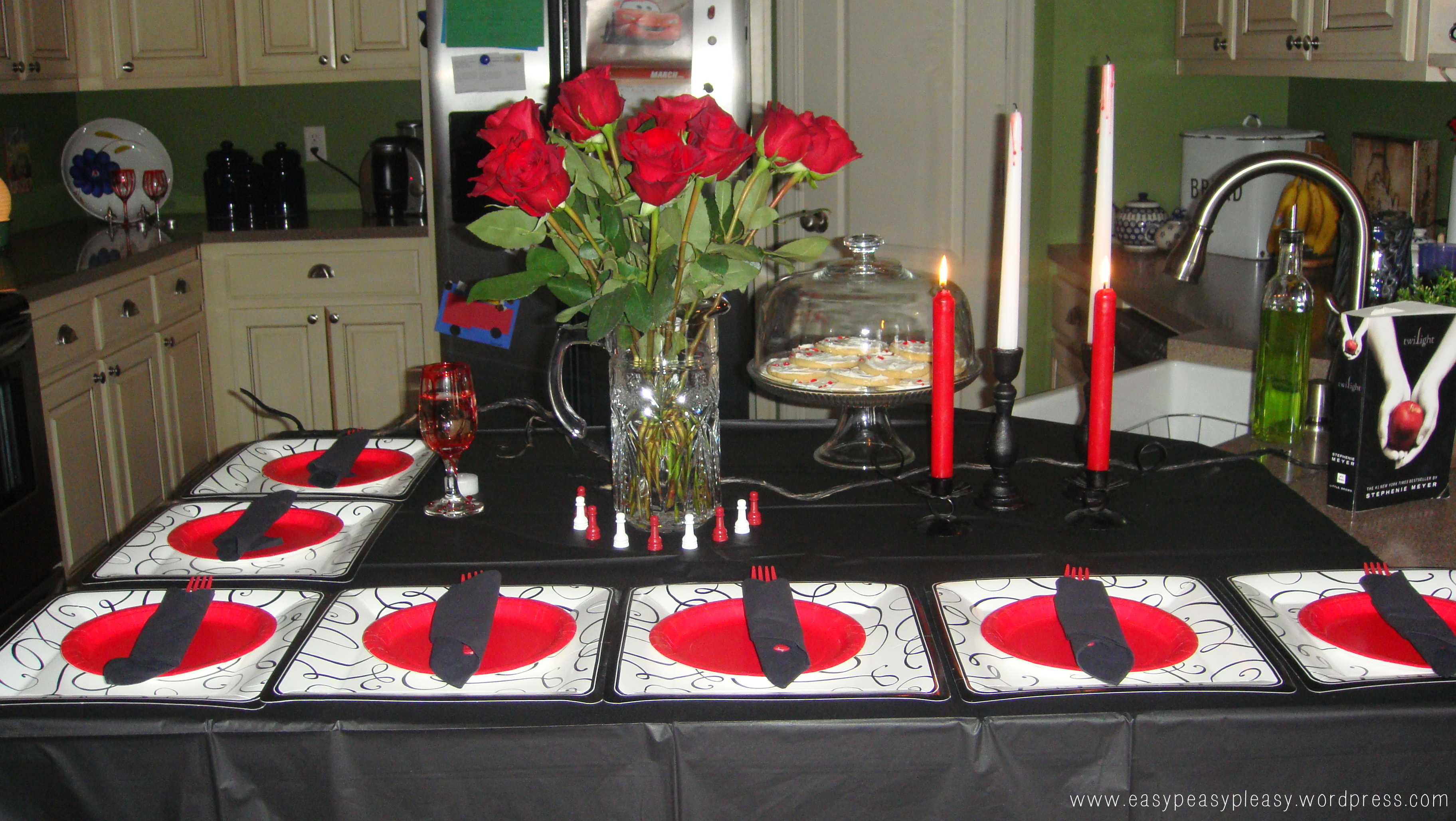 Twilight Party Table Decor
