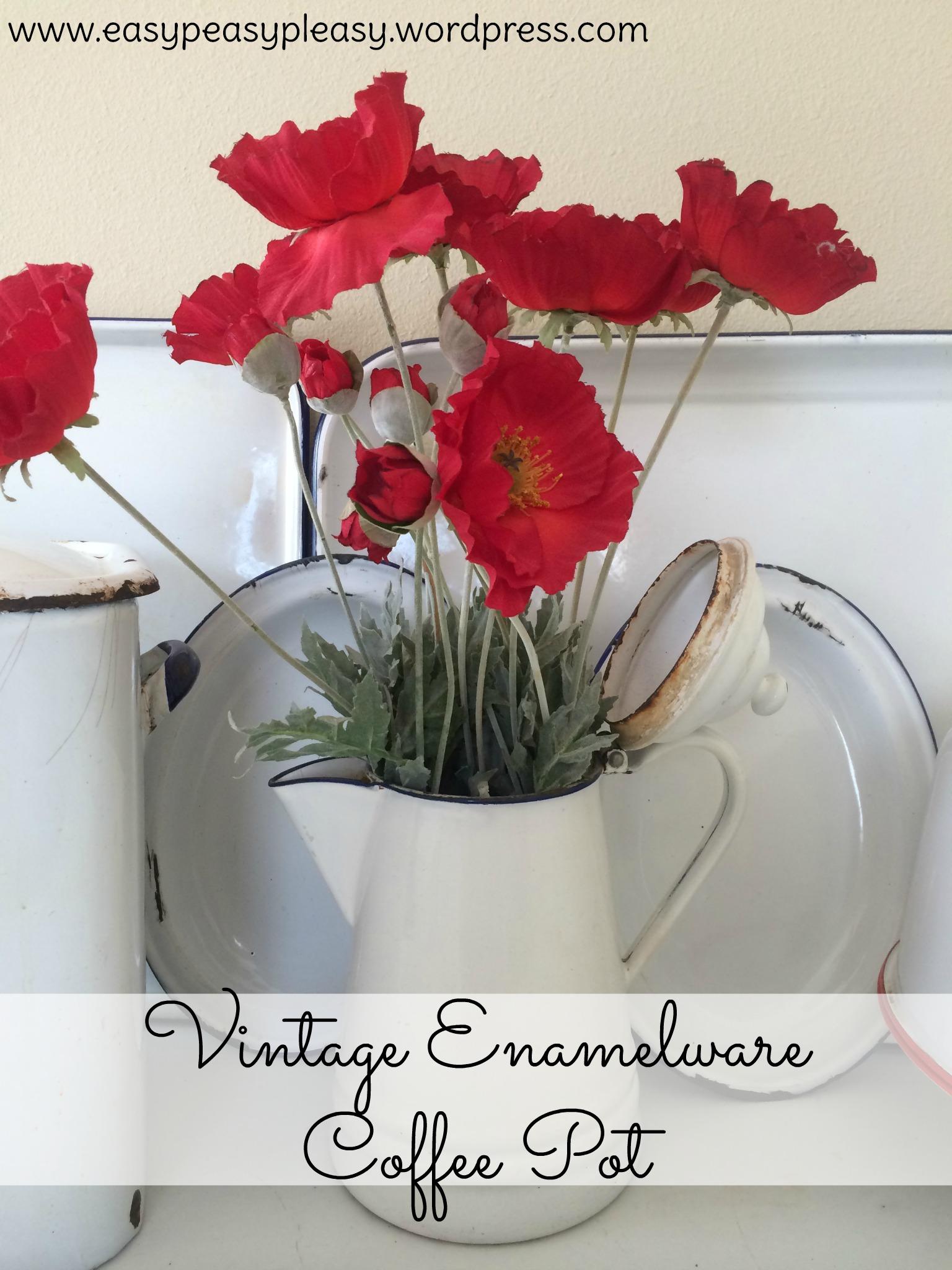 Vintage Enamelware Coffee Pot turned into a vase at https://easypeasypleasy.com