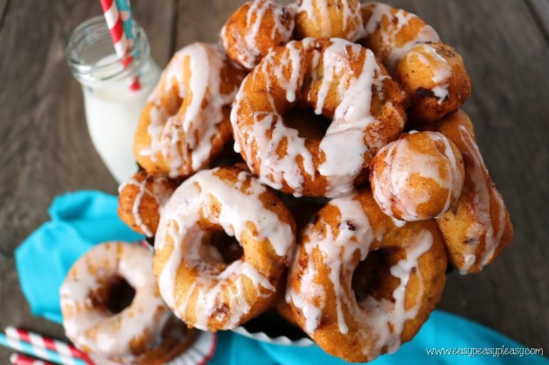 You will love these easy 2 ingredient cinnamon roll donuts.