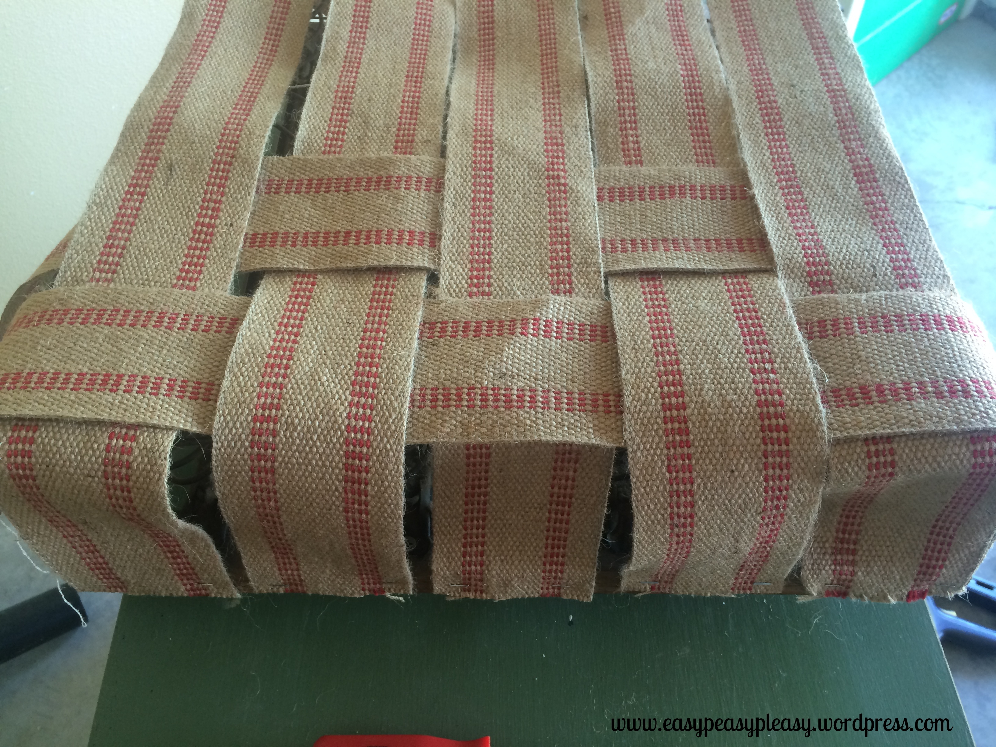Jute Webbing Interweaving to reconstruct a spring loaded seat