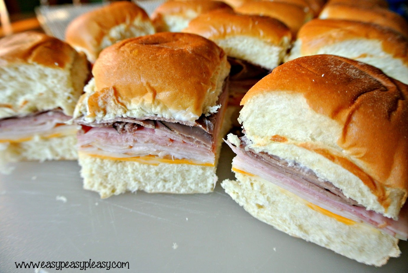 Easy To Go Sandwiches with no cleanup! Perfect for your ice chest!