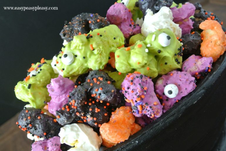 You gotta try this easy 3 ingredient Monster Munch! It's the perfect treat for Halloween!