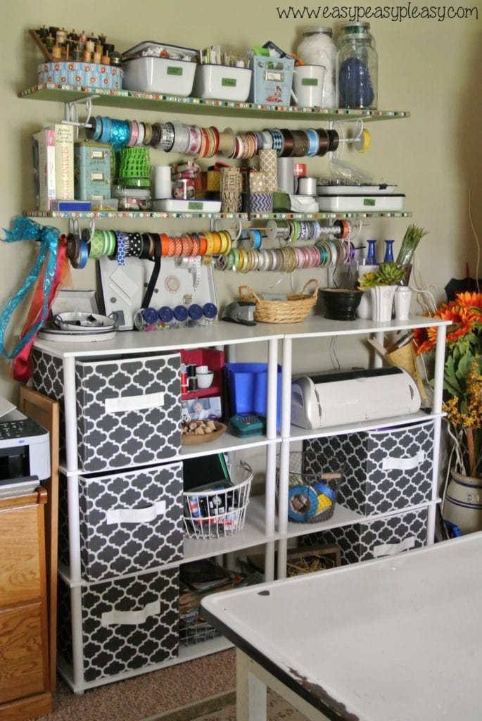 Organize a craft room with free printable!