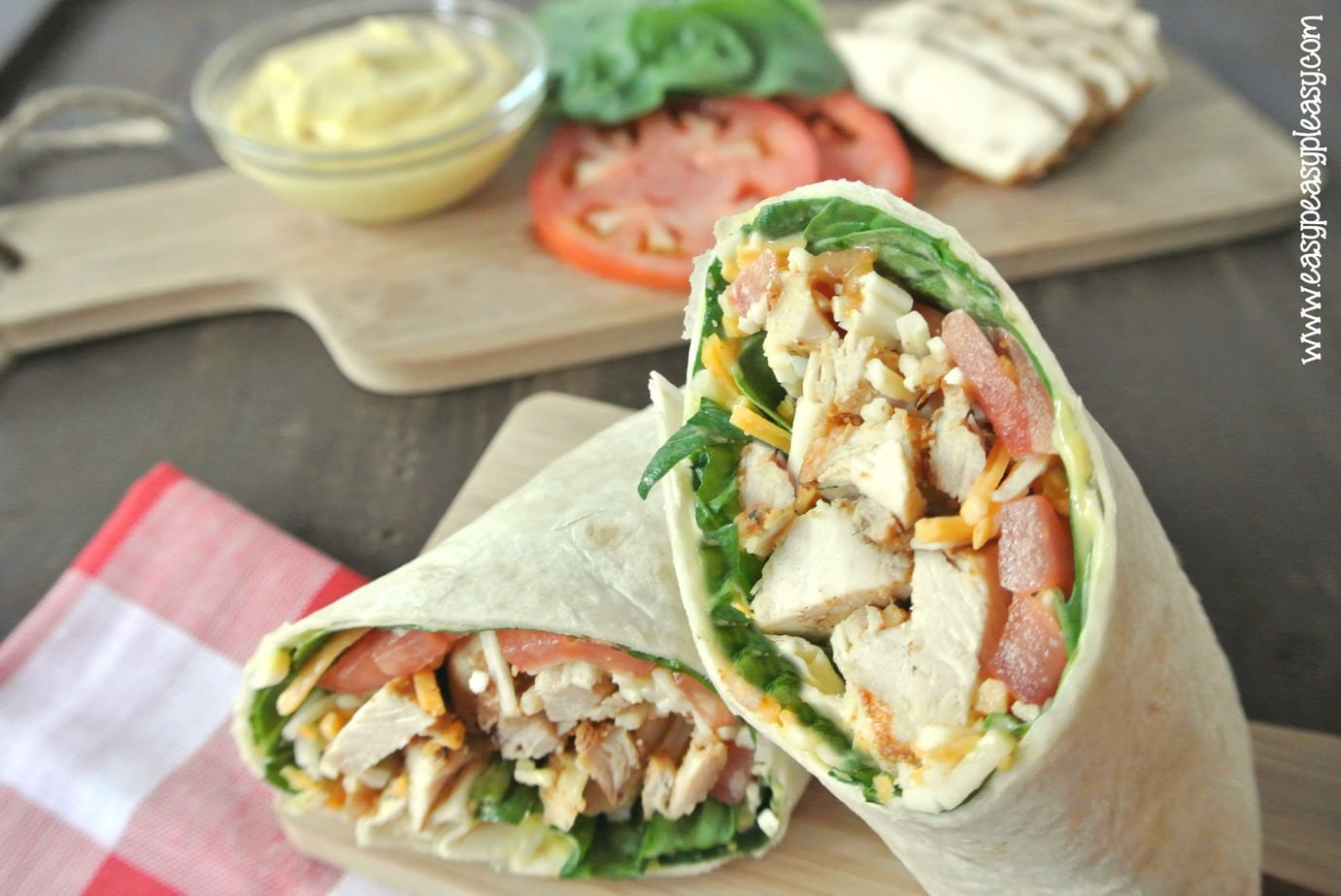 How To Roll A Picture Perfect Grilled Chicken Wrap - Easy ...