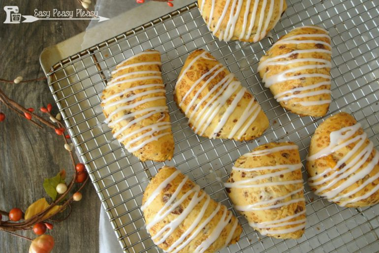 Cinnamon Roll Pumpkin Turnovers using only 5 simple ingredients.