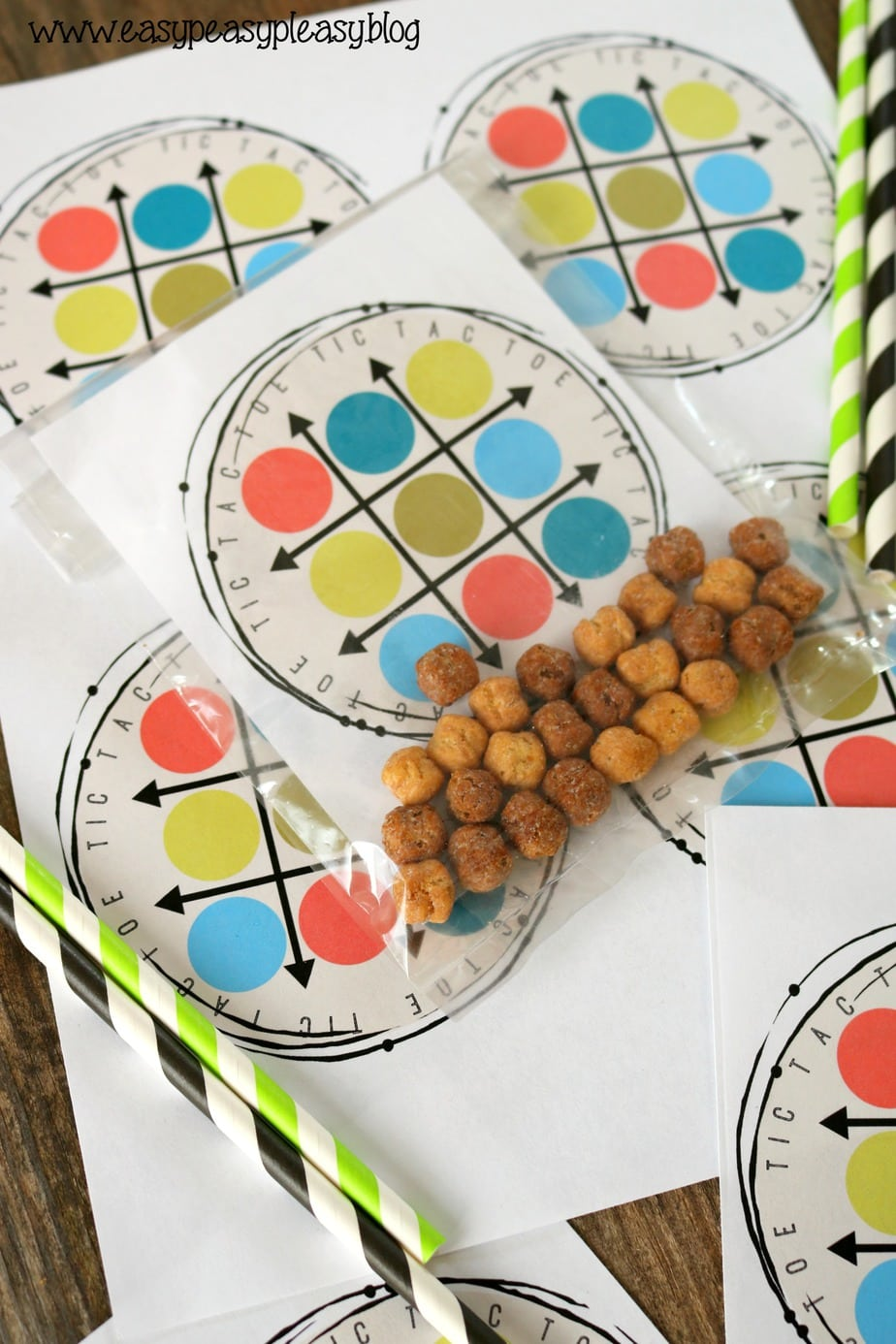Free printable tic tac toe lunchbox game using cereal. Kids will have fun with this activity plus snack!