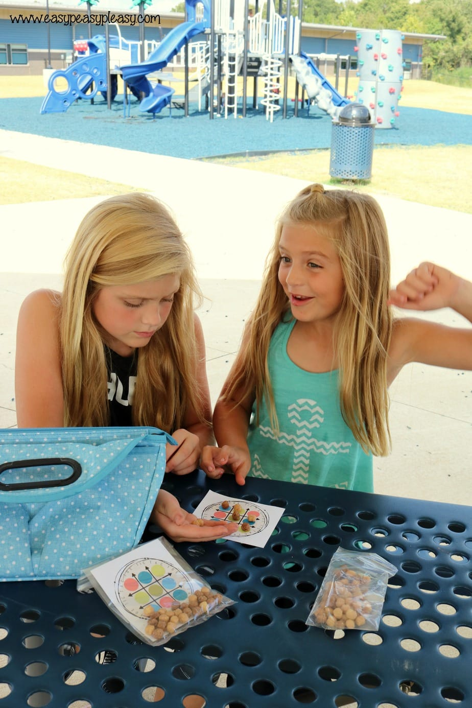Surprise the kiddos with this fun free printable lunchbox game!