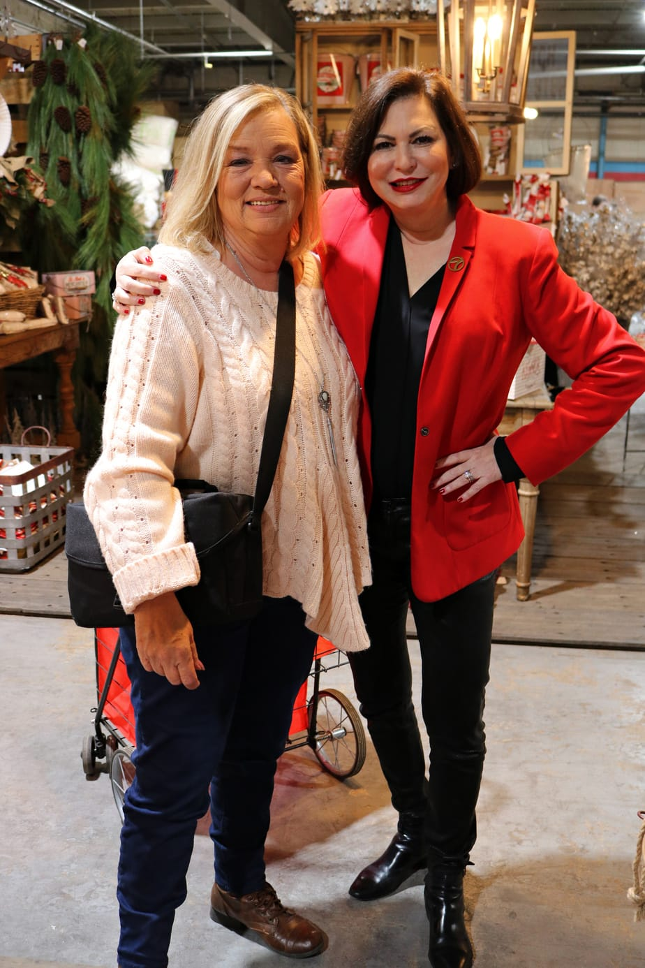 (AD) Mom meets Renee Shapiro at Guess and Company Warehouse Sale VIP Night. EasyPeasyPleasy.com